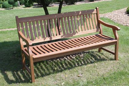 Die Gartenbank Aus Holz, Einfach Urgemütlich, Wie Auch Die Holz ... Gartenbank Aus Metall Komfort